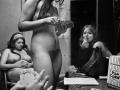 Karnavalnye-striptizershi-Fotograf-Syuzen-Meyzelas_16