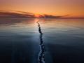 Треснувшая земля, озеро Байкал